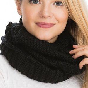 $10 ADD ON 🎁 Plush Ribbed Knit Soft Cozy Scarf